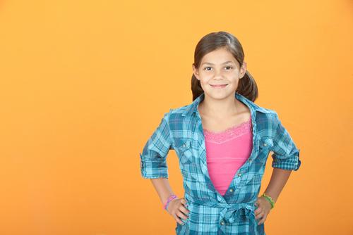 Stima de sine: cum să-i ajutăm pe copii și pe adolescenți să-și dezvolte o imagine de sine pozitivă